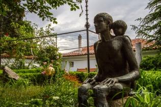 Stature in the garden.