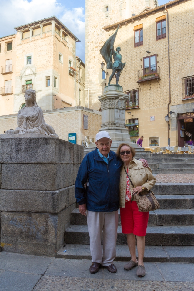 My parents posing in Plaza San Martin.